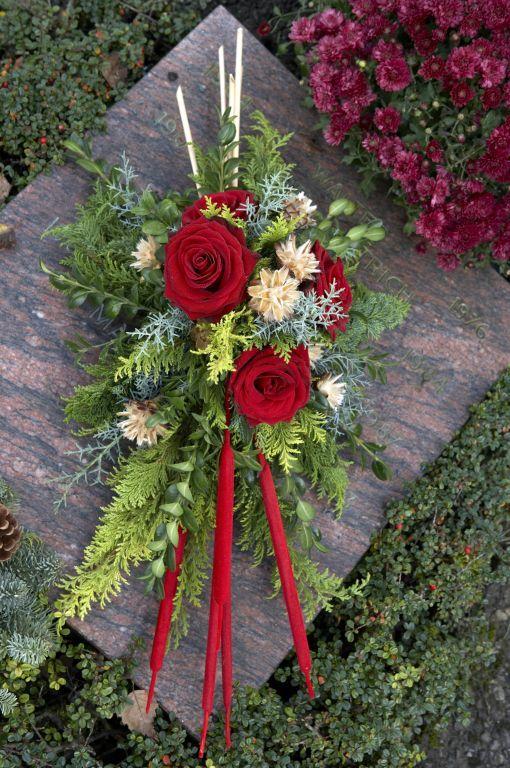 Ber ideen zu grabbepflanzung winter auf pinterest for Floristik allerheiligen