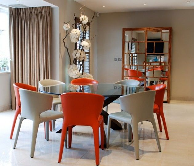 17 Classy Round Dining Table Design, Cream Coloured Dining Table And Chairs