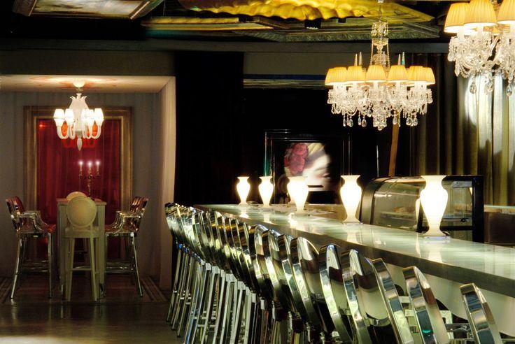 South Beauty Restaurant Beijing, China. #bar #crystal #chandelier #luxurious #elegant #lighting #design