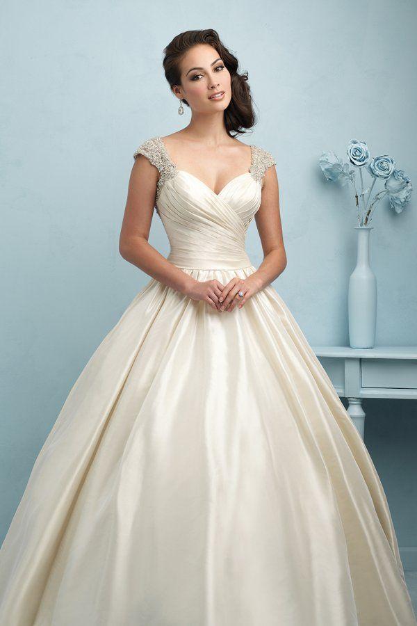 106 best Wedding dresses images on Pinterest | Homecoming dresses ...