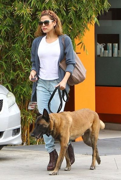 Eva Mendes | Celebrities and Their Dogs