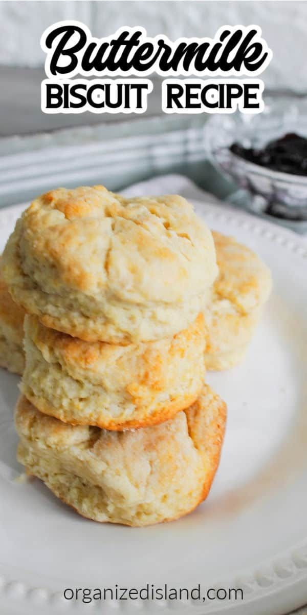 This Easy Buttermilk Biscuit Recipe Is Perfect For A Bread Side Dish Or Breakfast Bread These Lovely Flaky B In 2020 Biscuit Recipe Recipes Buttermilk Biscuits Recipe