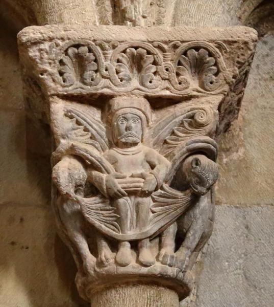 Capitel de la iglesia de San Pedro - Castillo de Loarre, Huesca
