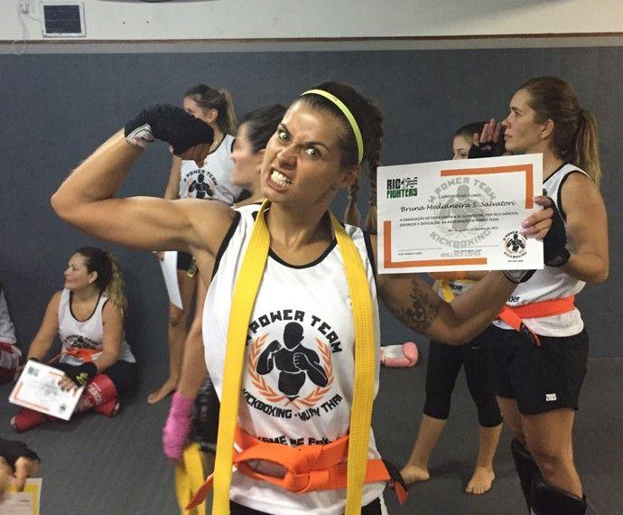 Gata do Caldeirão, Bruna Salvatori diz que leva a prática do Muay thai a sério e aposta em luta ♥
