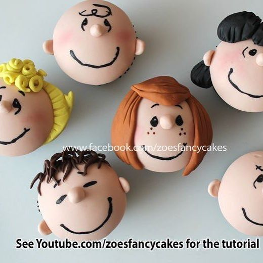 Simplesmente perfeitos!!!! Por Zoe Fancy Cakes #ideiasdebolosefestas #inspiration #inspiracao #snoopy #snoopyparty #cupcakesdecorados #festasnoopy Pic via Pinterest