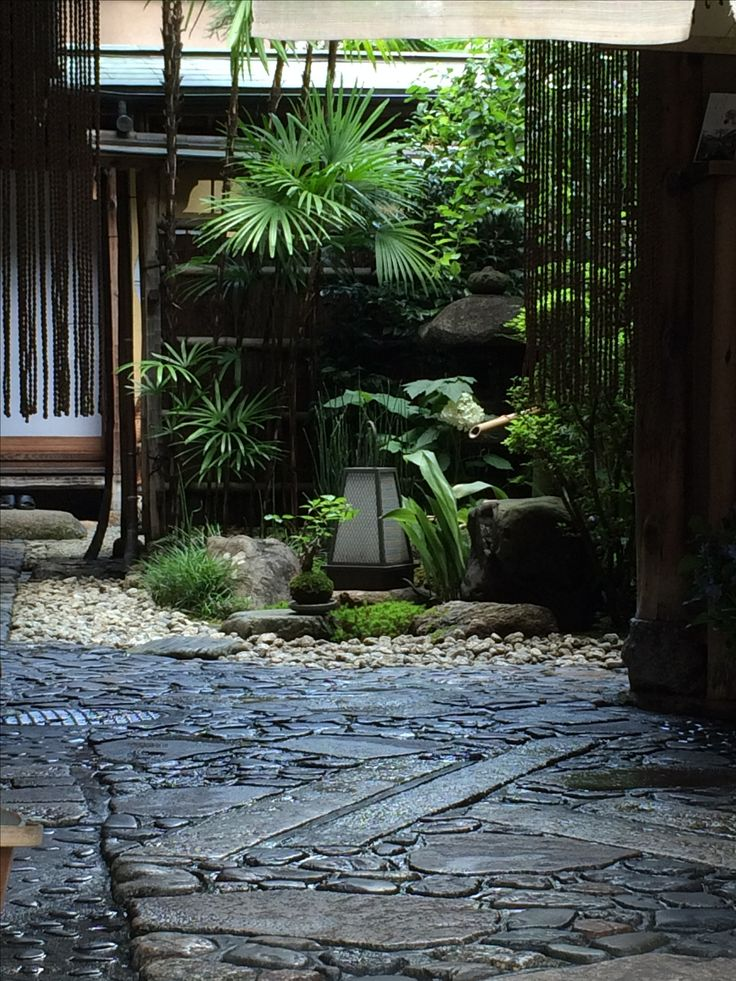 Entrance to traditional Japanese home on Shichijo Kyoto