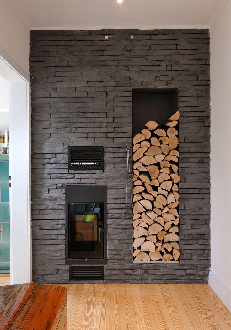 Dank der Hitzebeständigkeit werden die DE RYCK by WESER Steinriemchen auch für die Kamin- Gestaltung immer beliebter. Hier Strato M89