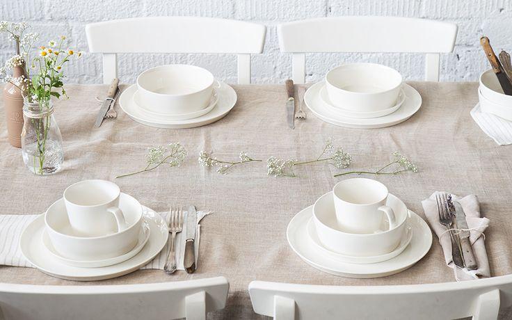 Zeitloses Design & klare Formen: Geschirrset Svea von Springlane Kitchen