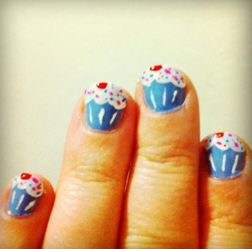 AHHHH perrff!!!  cupcake nailsNail Art Tutorials, Nails Art Tutorials, Nails Makeup Hair, Nails Design, Cupcake Nails, Birthday Cupcakes, Hair Nails Mak, Cupcakes Nails, Girls Parties