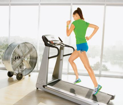 Torch 500 cals on the treadmill: Self.com : The sprints in this never-get-bored routine zap fat, and the incline shapes everything behind you. You'll (literally!) run your butt off. via @SELF Magazine
