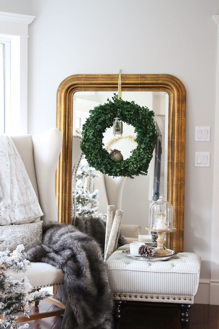 Best 25 Wreath Over Mirror Ideas On Pinterest Dining