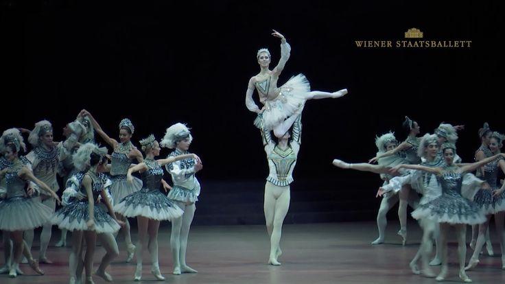 Ballett: Rudolf Nurejew | Raymonda Ballett: Rudolf Nurejew | Raymonda #Oper #Musiktheater #Theaterkompass #TV #Video #Vorschau #Trailer #Clips #Trailershow #Österreich