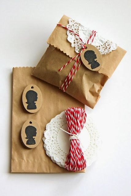 Decora tus regalos 6 http://blog-telaylana.blogspot.com.es/2014/01/decorar-el-papel-kraft-de-tus-regalos.html
