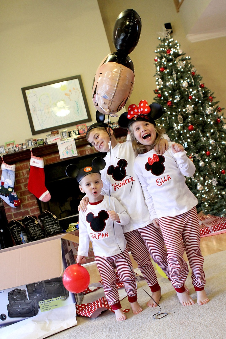 My plan for Christmas 2013- Surprise kids with trip to disney including shirts as gifts, balloon in box and maybe luggage as gifts