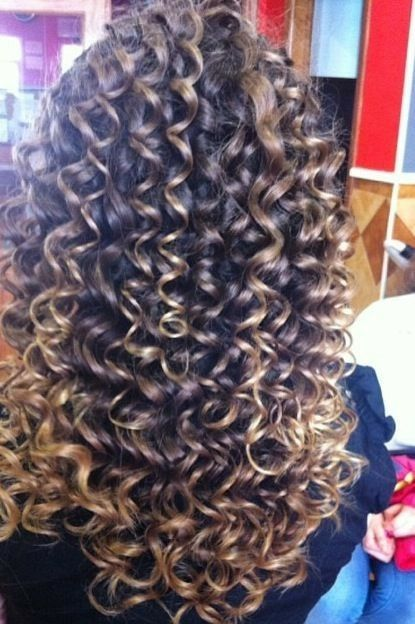 THIS IS EXACTLY THE TYPE OF CURL I WANT- LONG, CLEARLY DEFINED, ROUNDED, IN LARGER PIECES