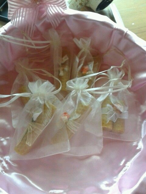 Souvenir velas en bolsa de organza
