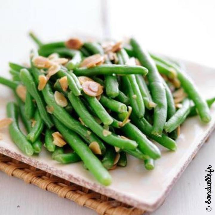 On continue notre détox post fêtes avec des haricots verts aux amandes, tout simplement :) => http://ow.ly/XgC5307GzyB