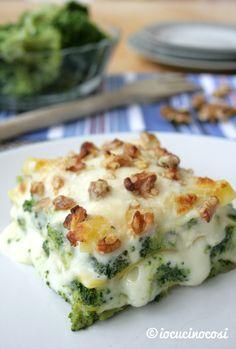 Lasagna ai broccoli con formaggi e noci