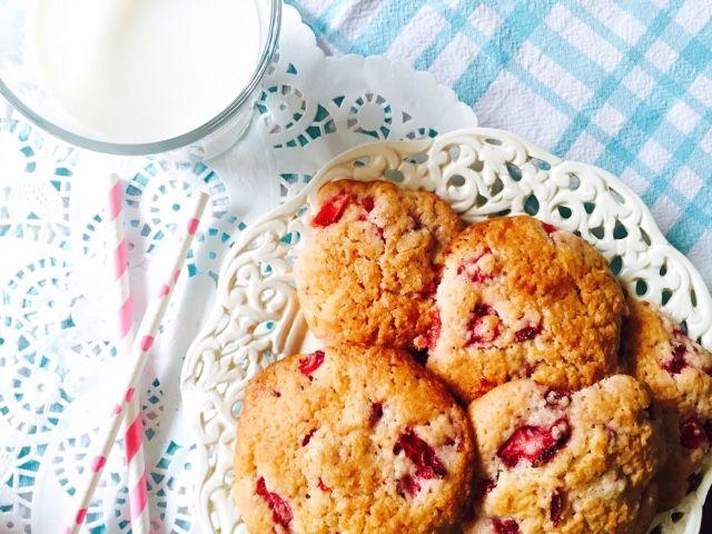 Gourmelita: Μπισκότα Φρέσκιας Φράουλας