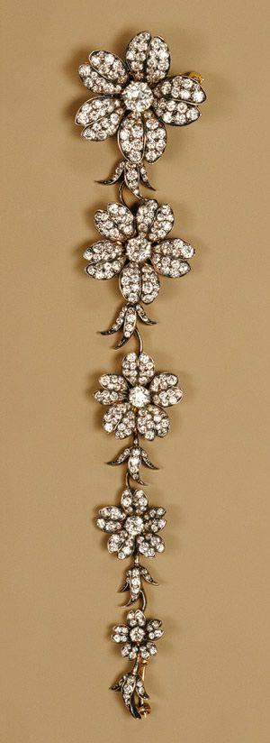 Tiffany & Company: Corsage piece (41.84.20a-e) | Heilbrunn Timeline of Art History | The Metropolitan Museum of Art