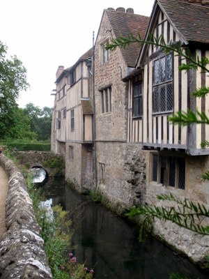 Ightham Mote (pronounced 'Item Moat') is a wonderful medieval and Tudor manor house set in a sunken valley near Sevenoaks, in Kent, England