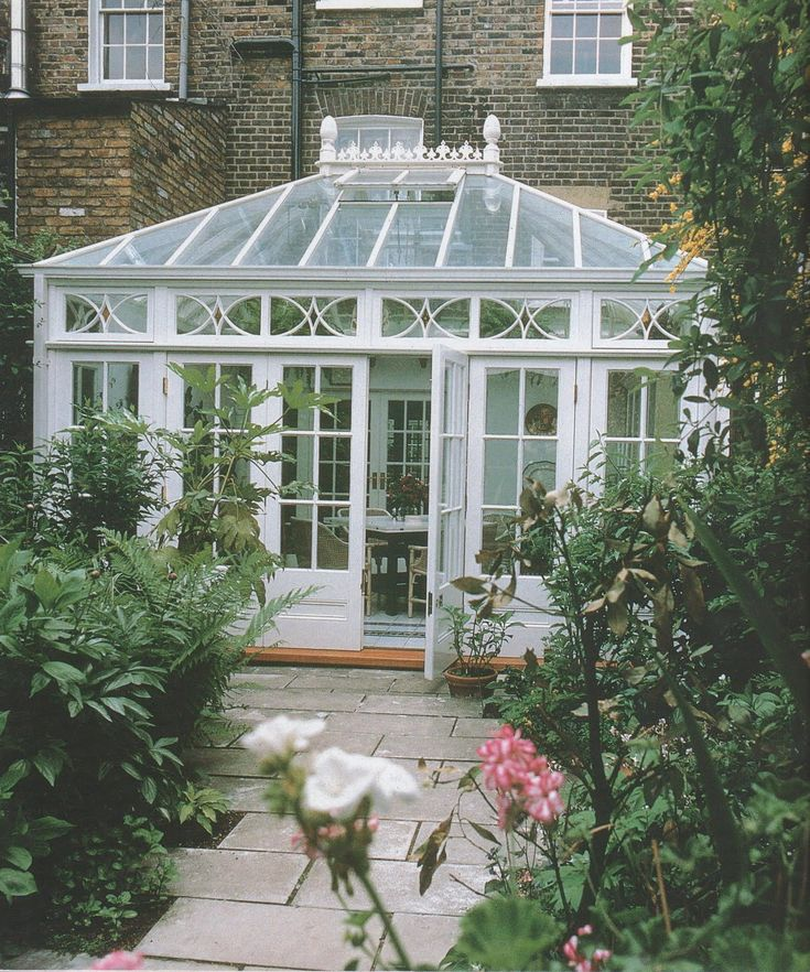 The 25 best victorian conservatory ideas on pinterest for Victorian sunroom