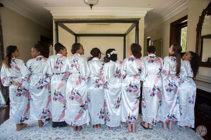 Bridesmaids getting ready. Bridesmaid gowns. Bride squad. Image by Vivid Blue Photography