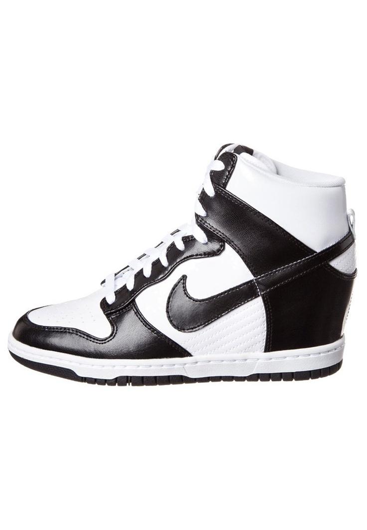 Nike Sportswear - DUNK SKY HI - Enkellaarsjes met sleehak - Zwart