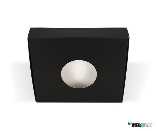 Caixa cartolina com plastificação e abertura na tampa.