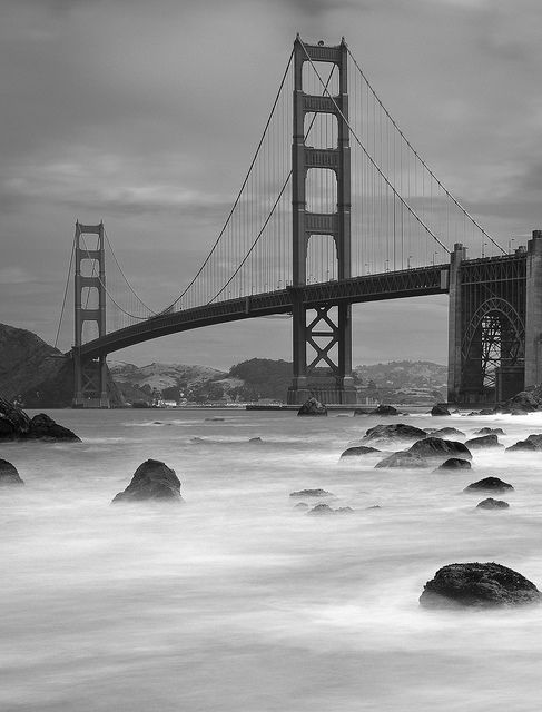 Foto source is giving great advice for photographers. Check out: Getting Started in Black and White Photography!