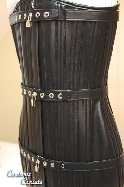 Premium Locking Ultimate Leather Redresseur Style Hobble