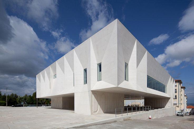 Gallery of Palacio de Justica de Gouveia / Barbosa & Guimaraes Architects - 4
