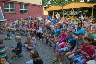 DK AKORD   Foto-video galerie   Pohádkové středy: O chytré princezně - Divadelní společnost Keltic