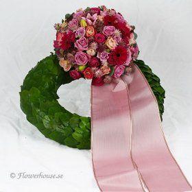 Begravningskrans Romantisk - begravningskrans - Blommor till begravning