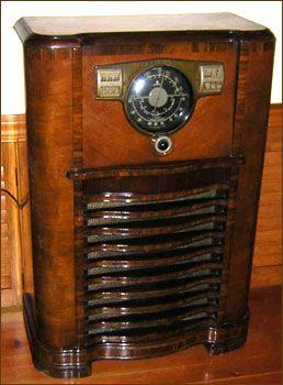 Granddaddy S Console Radio 1941 Zenith Antique Radios