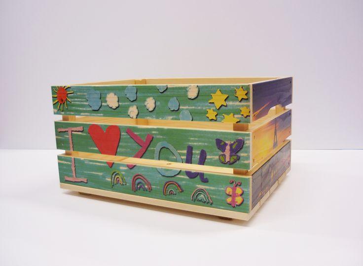 leuk houten (fiets) kratje met een eigen ontwerp, als speelgoedkist op de kinderkamer, of als fietskrat de kinderfiets