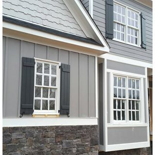Gray Shingle paint color SW 7670 by Sherwin-Williams. View interior and exterior paint colors and color palettes. Get design inspiration for painting projects.