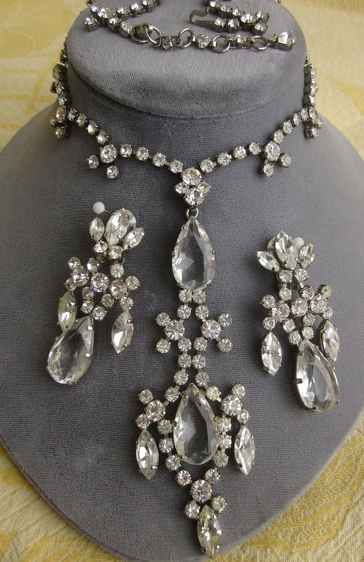 Vintage Rhinestone Jewelry Sets 22