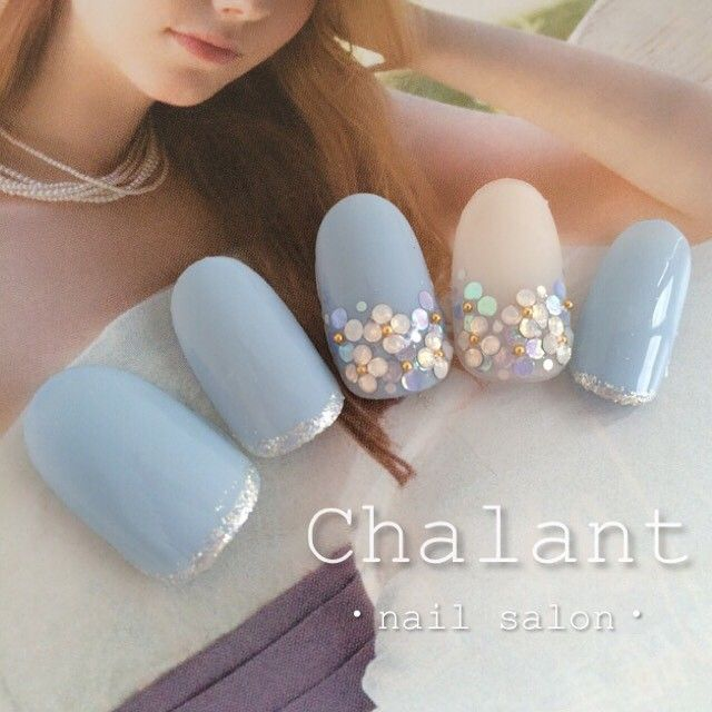 Pretty feminine nail design