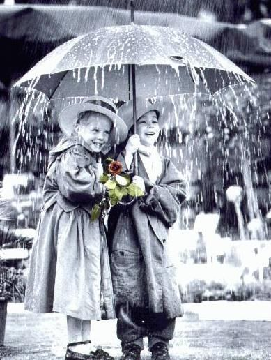 Sharing an umbrella with my friend and still getting wet is great fun! :))) Have a great week Edda <3