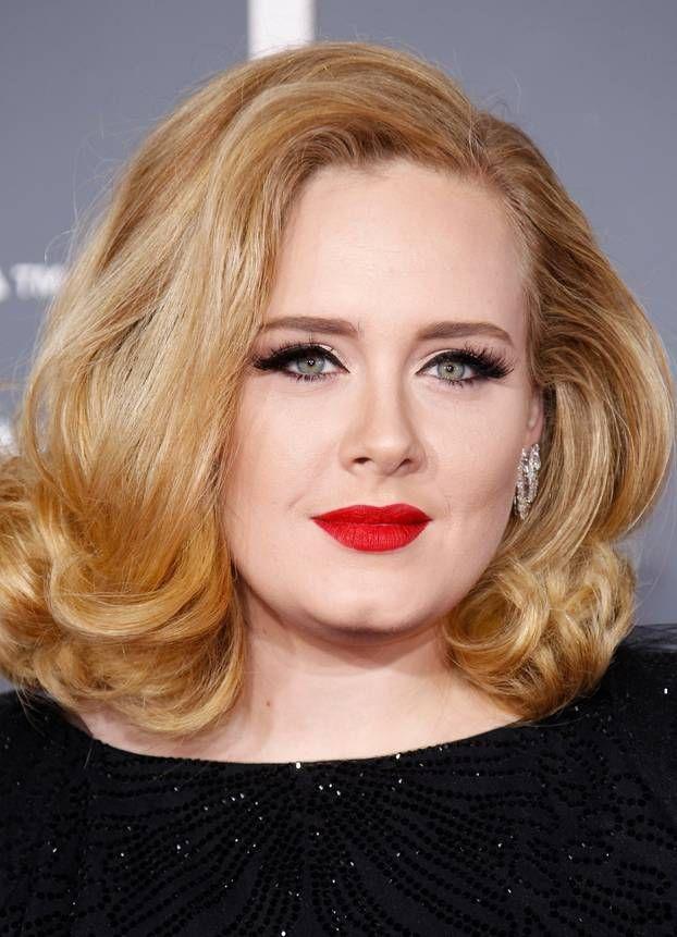 Adele spricht über ihre Postnatale Depression | BRIGITTE.de