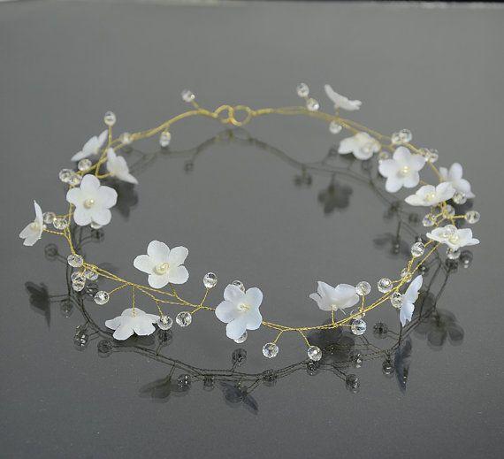 Bridal white flower tiara, flower crown, bridal hair accessories, wedding crystal tiara, wedding hair, Hair Wreaths,Bridal Halo