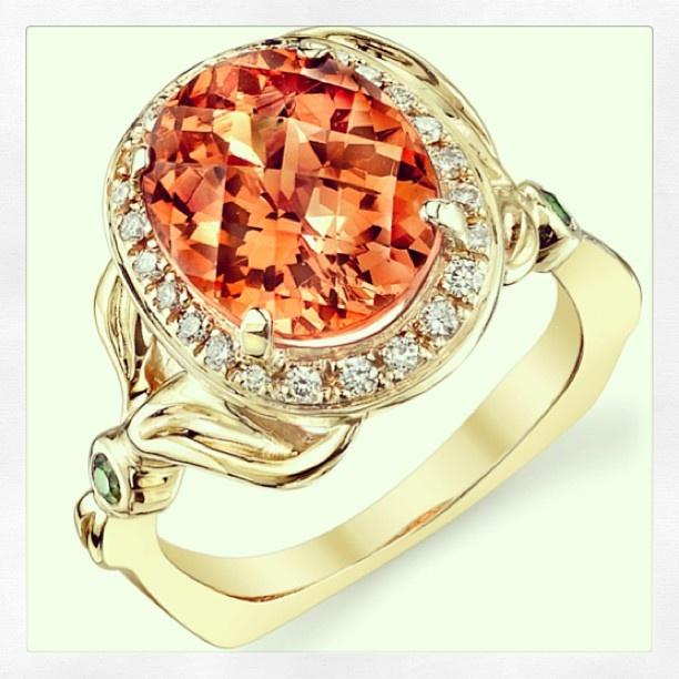 Mark Schneider Design  Mandarin #garnet #halo #ring with #diamonds & #tsavorites. #markschneiderdesign #instagood #orange #gold #bling #jewelry #jewelrylove #jewelrydesign