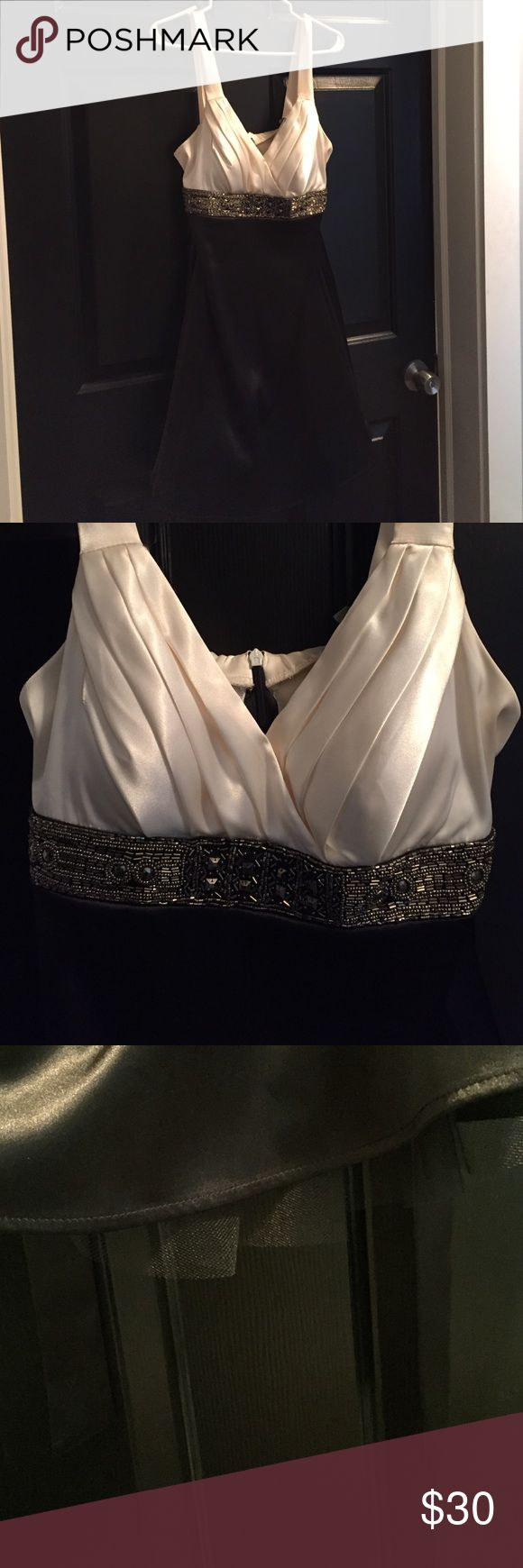 Más de 25 ideas increíbles sobre Black and white occasion dresses ...