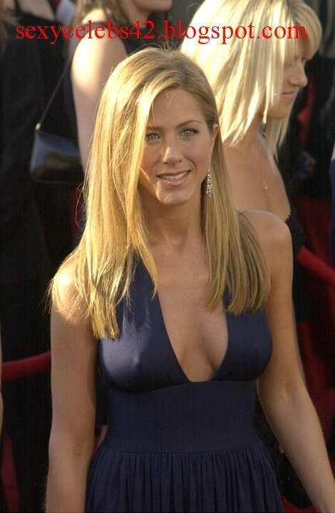 Jennifer Aniston No Panties Posted By Sexycelebs42 At
