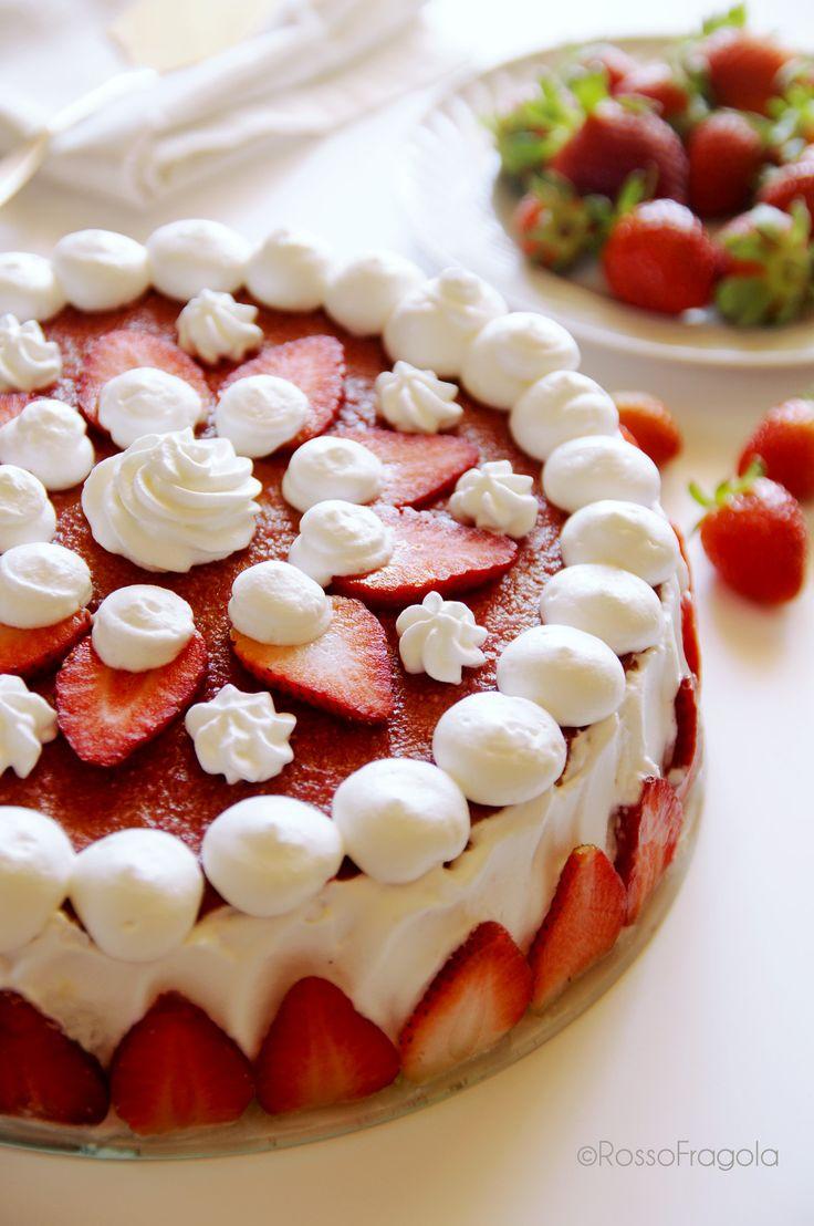 Torta Fragole ricotta e panna