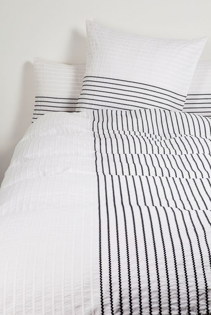 Black and white striped bed sheets - Thin Stripe Bedding