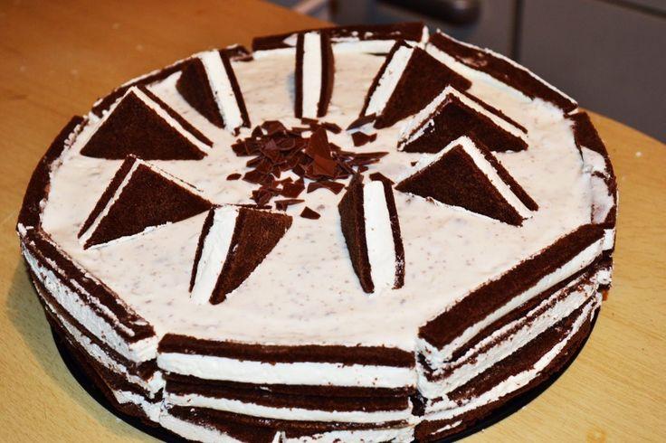 Milchschnitten-Torte selber machen – Superlecker, ohne backen!