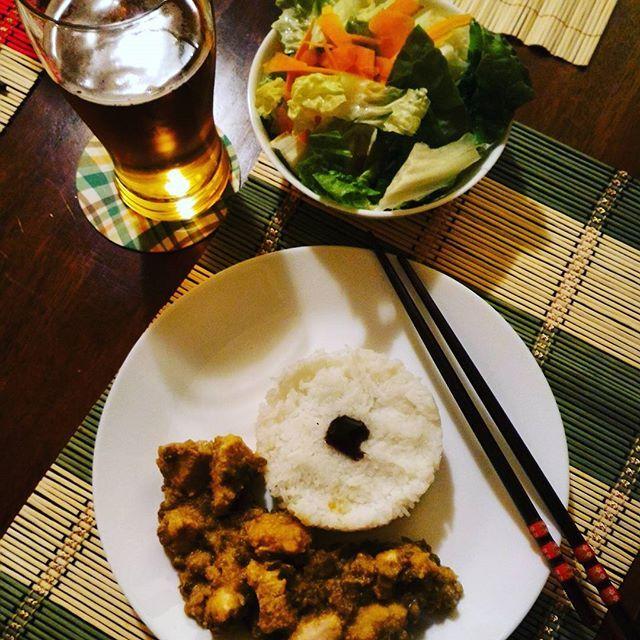 Cena del venerdì |pollo hot curry con lenticchie e riso basmati| #bollywood mood.... #indianfood #venerdipiovoso #venerdisera #currychicken #curry #hot #hotcurry #chicken #risobasmati #recipeshare #instafoodblogger #instafoodblogger #foodnetwork #pocket_food #foodfotographer #foodforfoodies #foodrepublic #foods #instacook #vook
