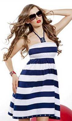 Летние платья - настоящая находка дляначинающих портних. Летние платья - простые выкройки. Кроить и шить летние платья очень легко. К тому же пошив ле ...